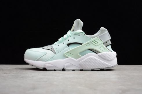 Nike Air Huarache Igloo Womens Exclusive Colorway Light Green 634835,303